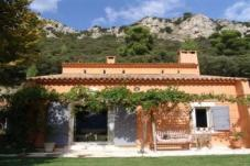 Villa up to 8 people - 12 km from Aix en Provence